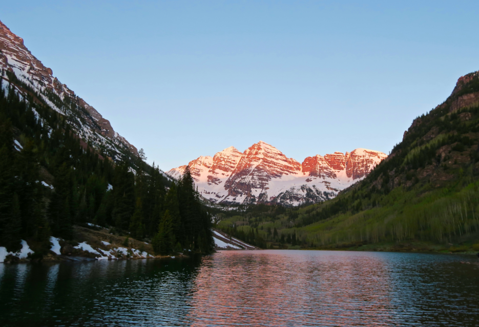 Maroon Lake sunrise