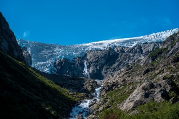 HIKE TO BUERBREEN GLACIER – NORWAY GLACIER HIKE